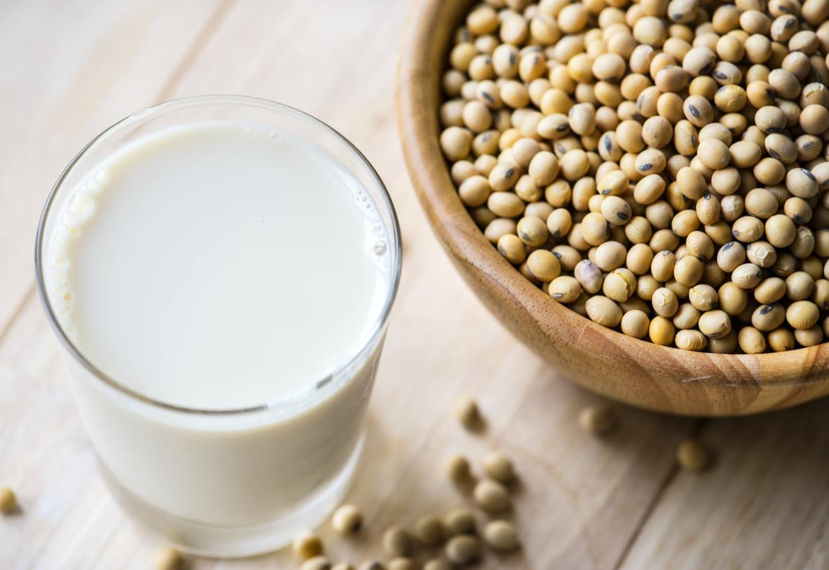 Which Plant-Based Milks are Best for the Environment? | FoodPrint