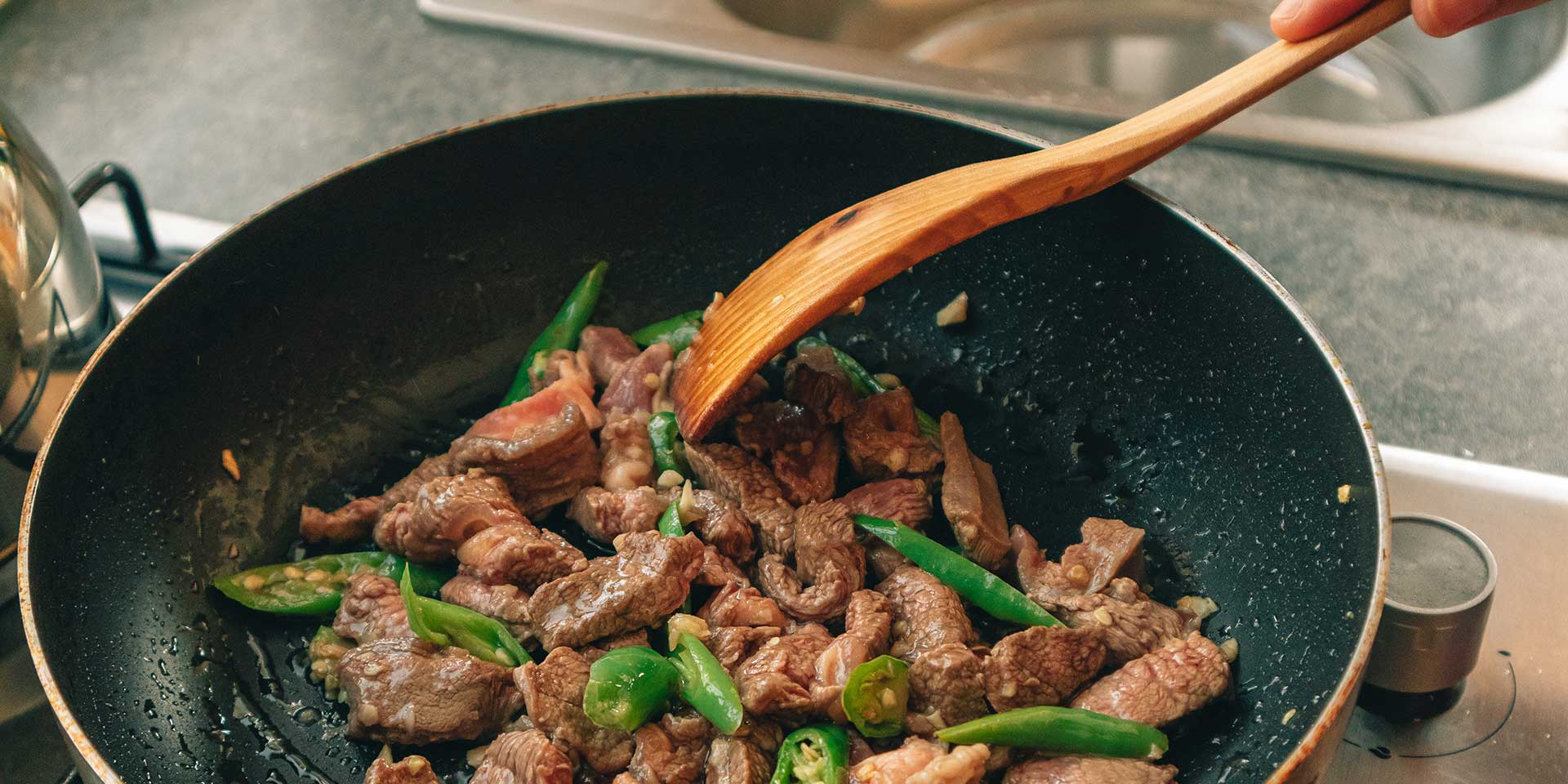 cooking and teflon pan safety